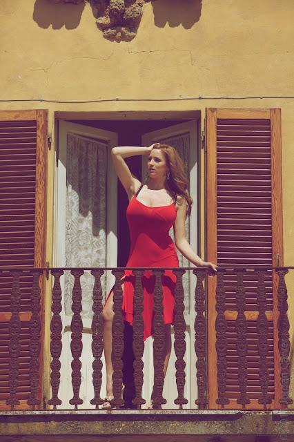 jordan-carver-balcony-hd-photoshoot-hq-picture-4