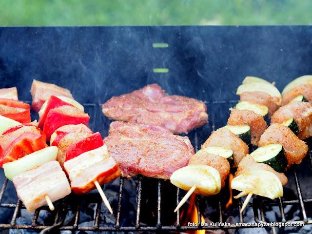 przepis na udanego grilla, grillowanie, dania z rusztu, potrawy z grilla, przyprawy do grilla, galeo, grilluj ze smaczna pyza