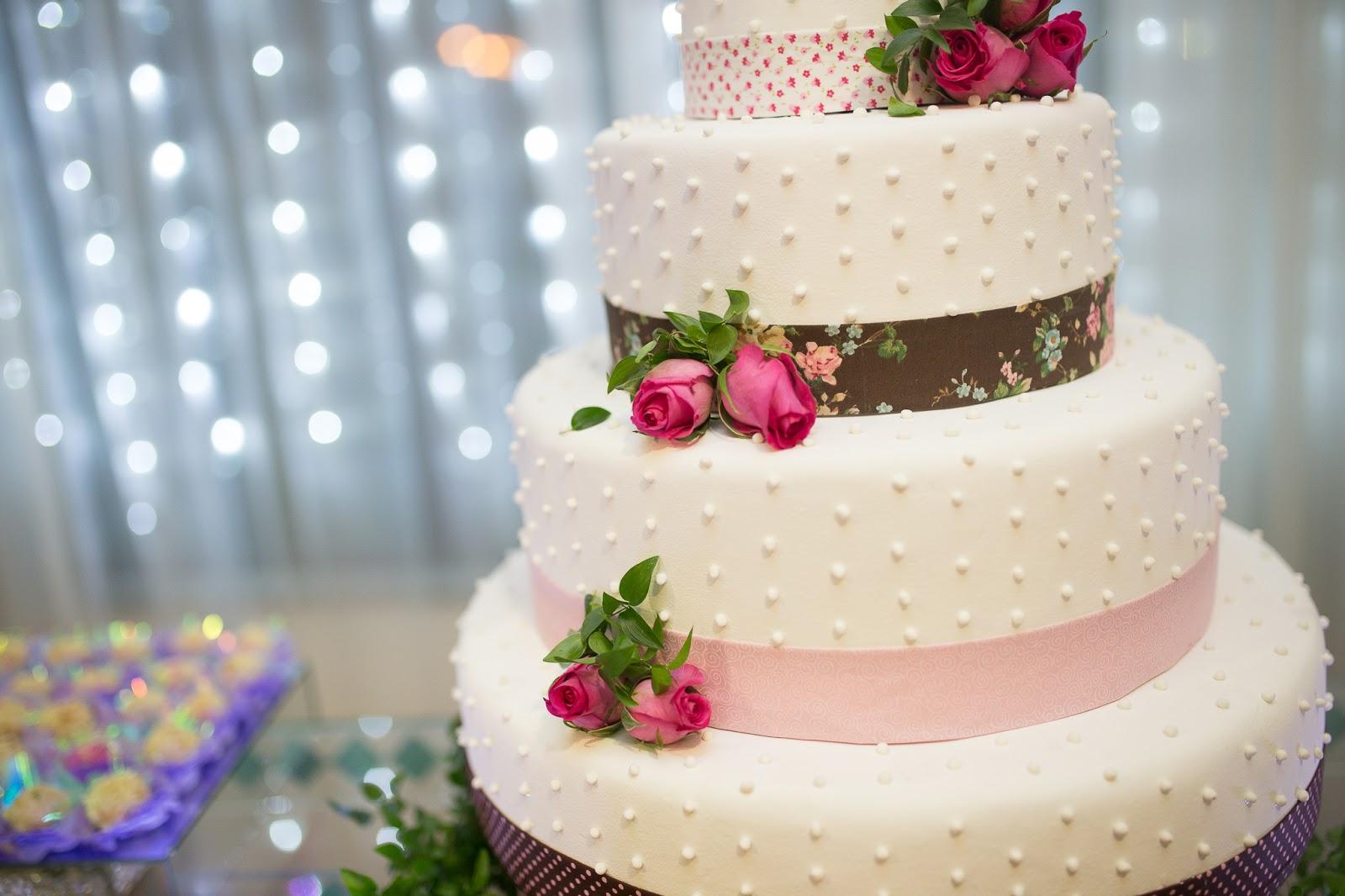 Low Budget Hochzeitstorten Brautgeflitter