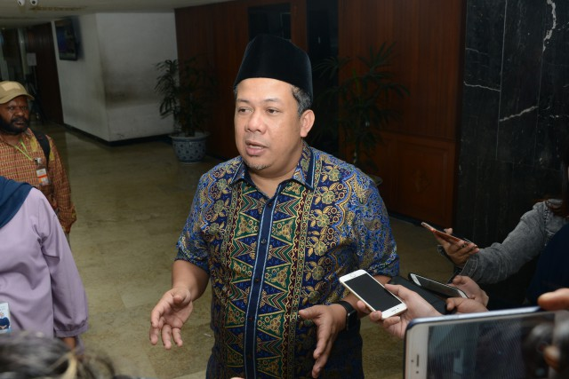 Fahri Hamzah Duga KPU Diancam KPK