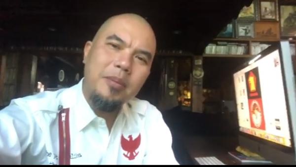 Ustadz Somad Dilarang Bahas Politik, Begini Komentar Makjleb Ahmad Dhani