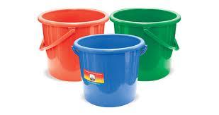 cara memperbaiki ember plastik yang pecah