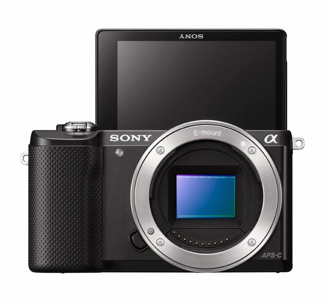 Fotografia del monitor basculante della Sony A5000