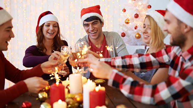 Festa de natal em casa com amigos e familiares