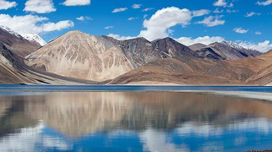Top 5 places you can not miss in a Ladakh trip