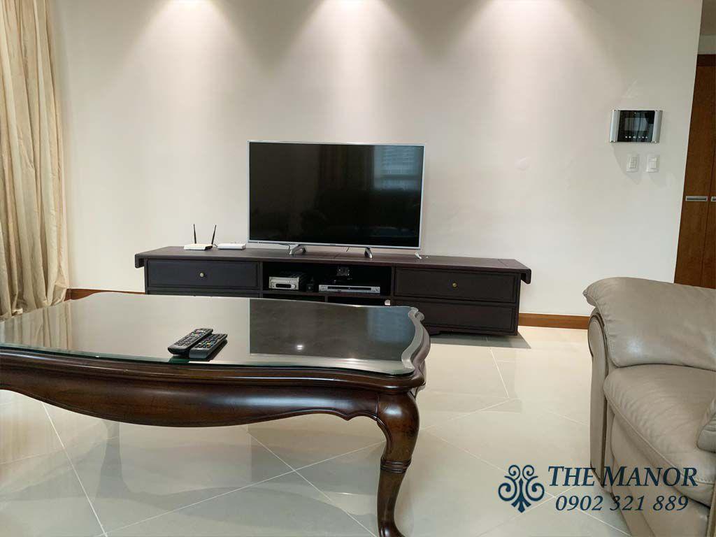tivi tại phòng khách căn hộ the manor 1 cho thuê