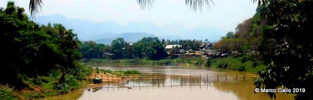 PUENTES DE BAMBÚ DE LUANG PRABANG, LAOS