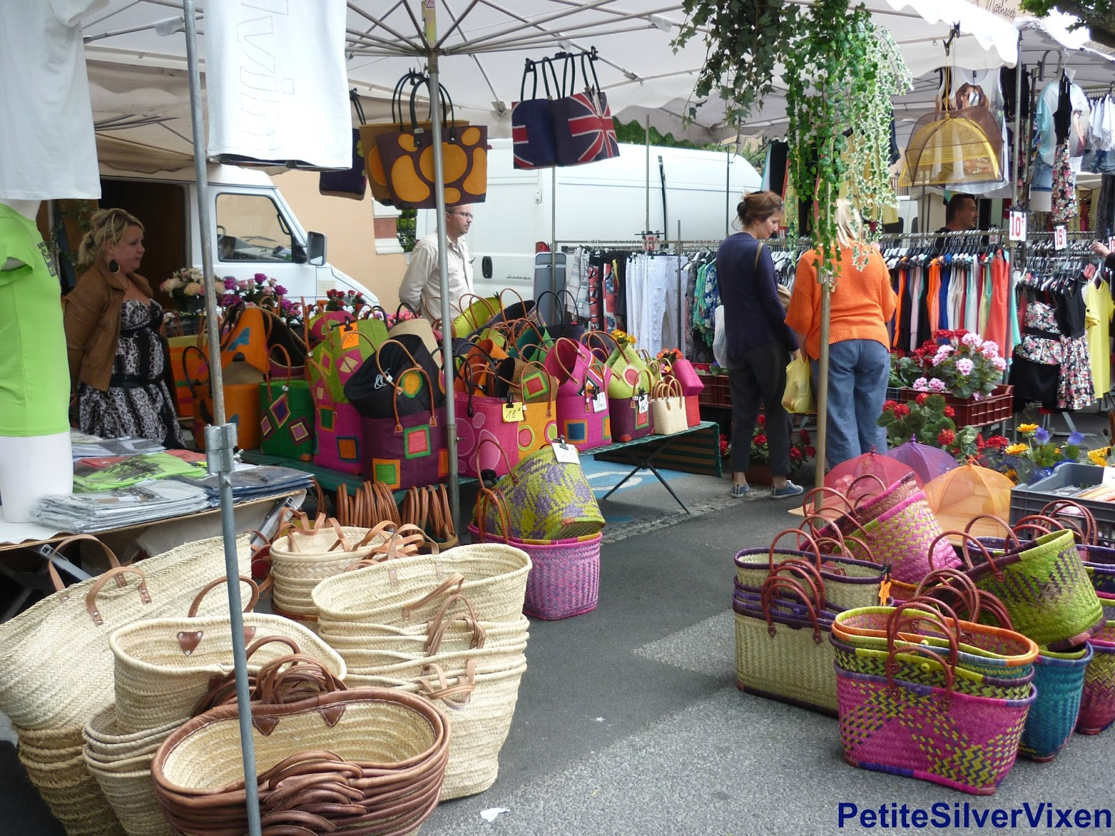 PetiteSilverVixen: Market Stall of Colourful Baskets