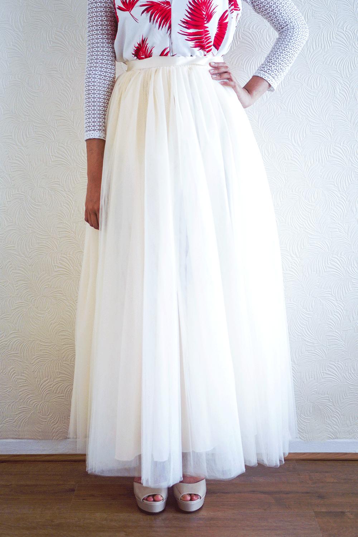 Creamy Pearl Tulle Skirt