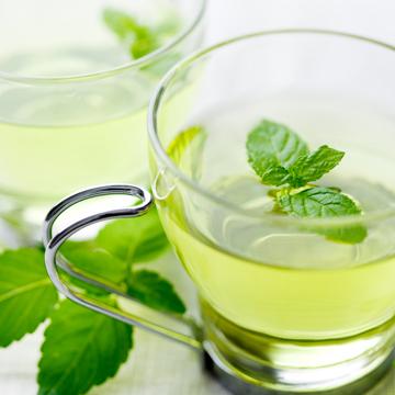 Ricinusovo ulje i ulje mente za rast kose