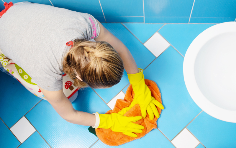 tips for cleaning bathroom tile floors