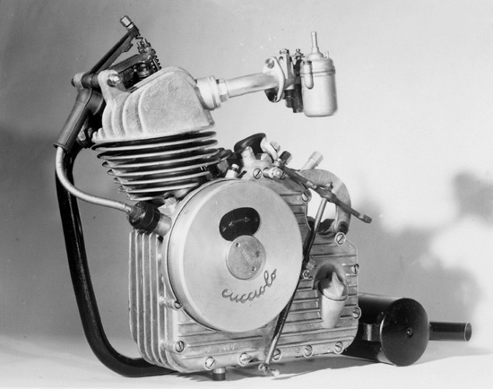 Ducati Cucciolo engine front