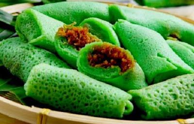 http://www.menjualkerupuk.com/2016/12/dadar-gulung-isi-kelapa-gula-merah.html