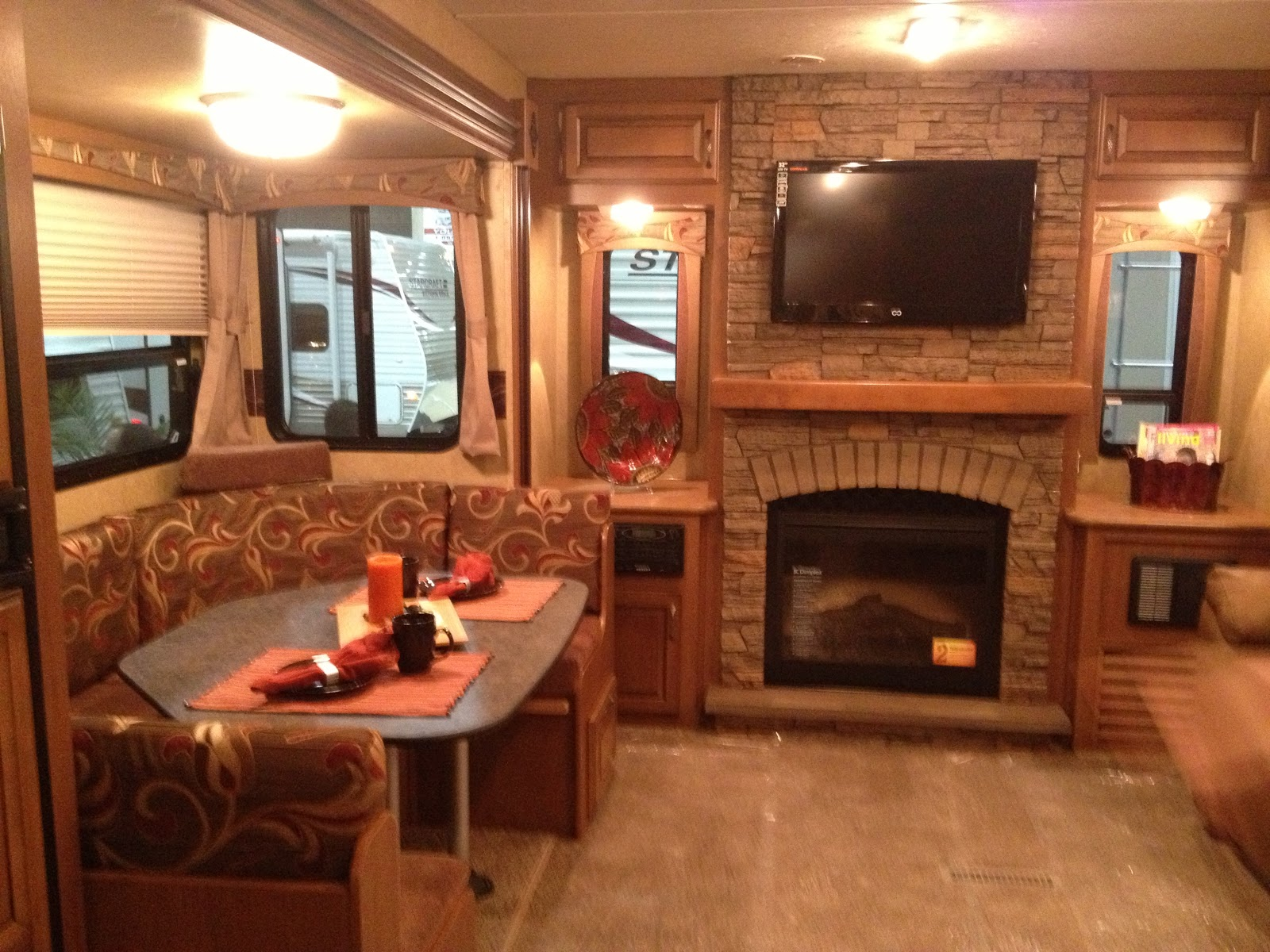 1000+ images about MOTOR HOME'S on Pinterest | Upholstery ...