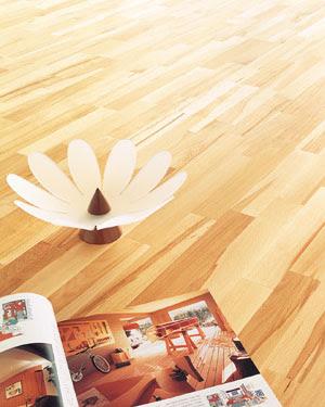 suelo madera en el salon