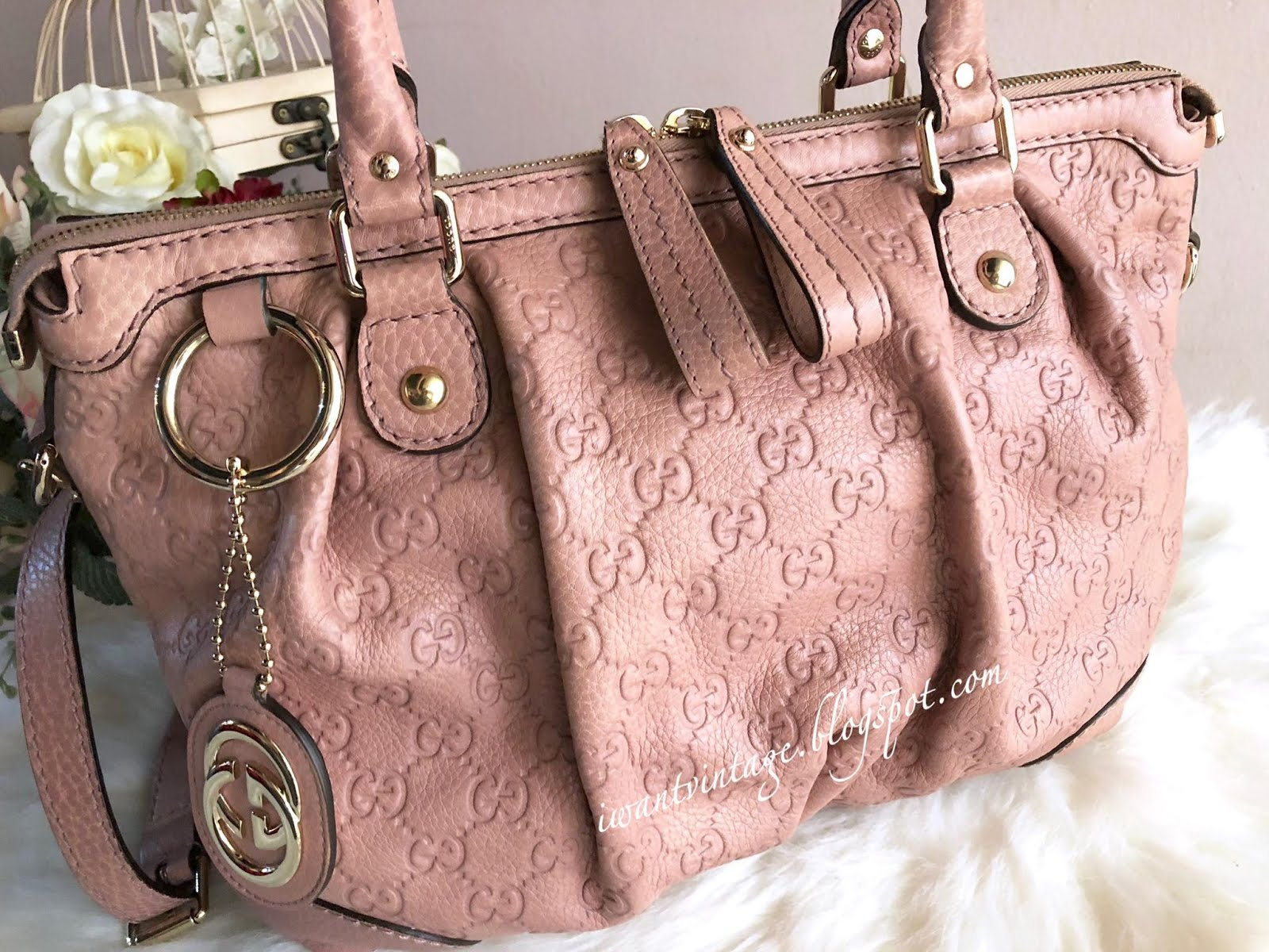 d4349ab17894 I Want Vintage   Vintage Designer Handbags: Gucci Sukey Guccissima ...