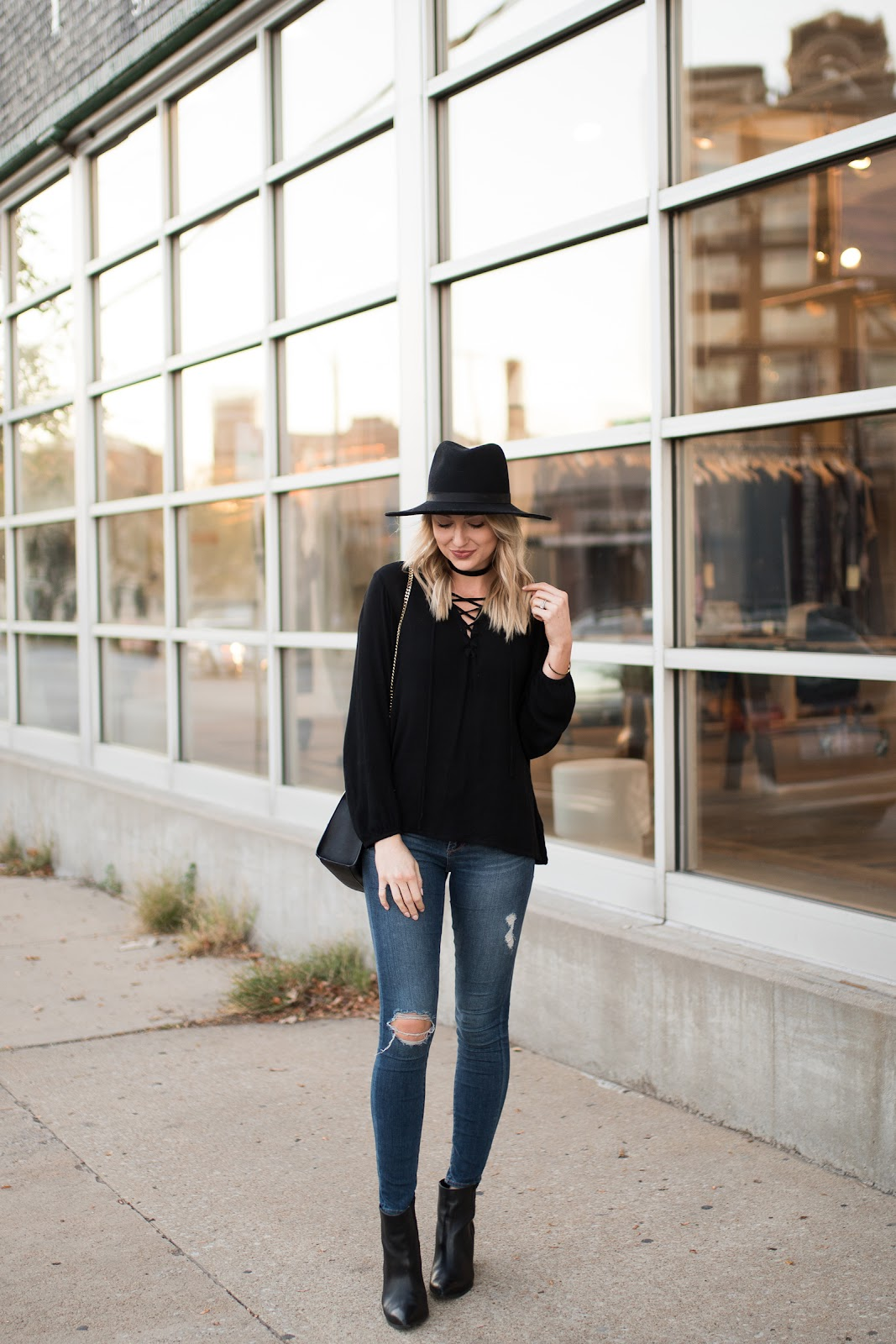 Simple fall outfit with lots of black