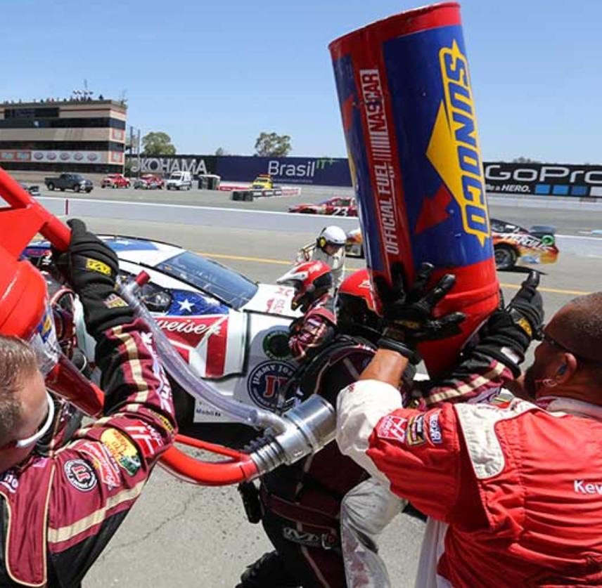 NASCAR Pit Crew Members Salaries 2018 (Revealed)