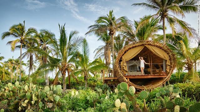 DIY%2BLuxury%2BTree%2BHouses%2B%25285%2529 10 DIY Luxury Tree Houses Interior