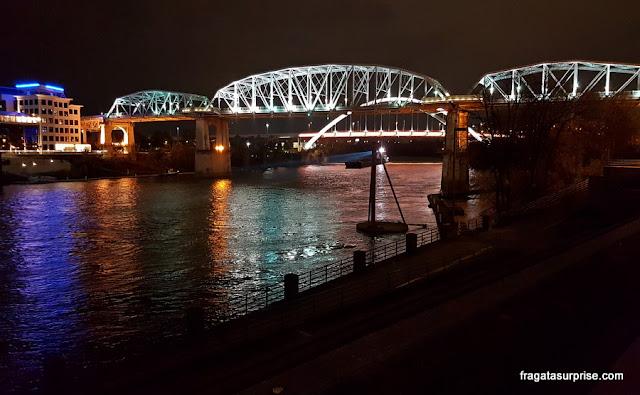 Ponte de pedestres John Seigenthaler, Nashville