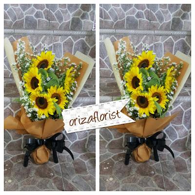 toko bunga matahari surabaya, jual bunga matahari di surabaya, jual hand bouquet wedding surabaya
