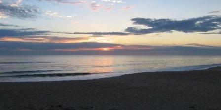 pantai perasi virgin beach bali