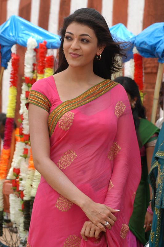 Cute Indian Babies Wallpapers Hd Sun Shines Kajal Agarwal Beautiful In Pink Saree