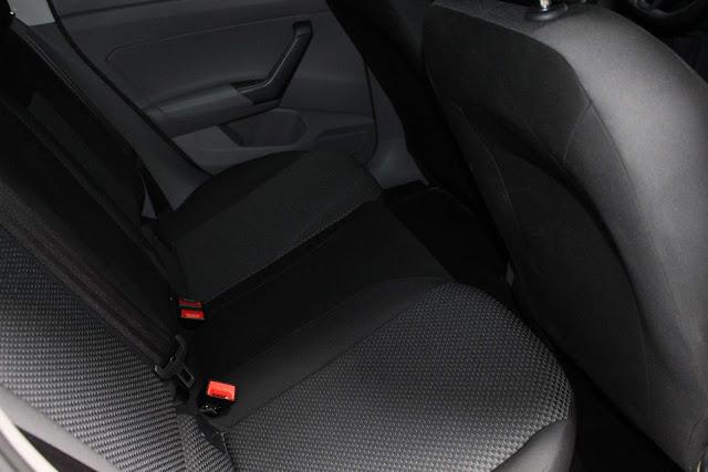 VW Polo 1.0 MPI 2018 - espaço traseiro