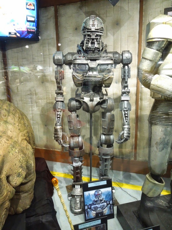 Caprica U-87 Cylon TV prop Universal Studios Hollywood