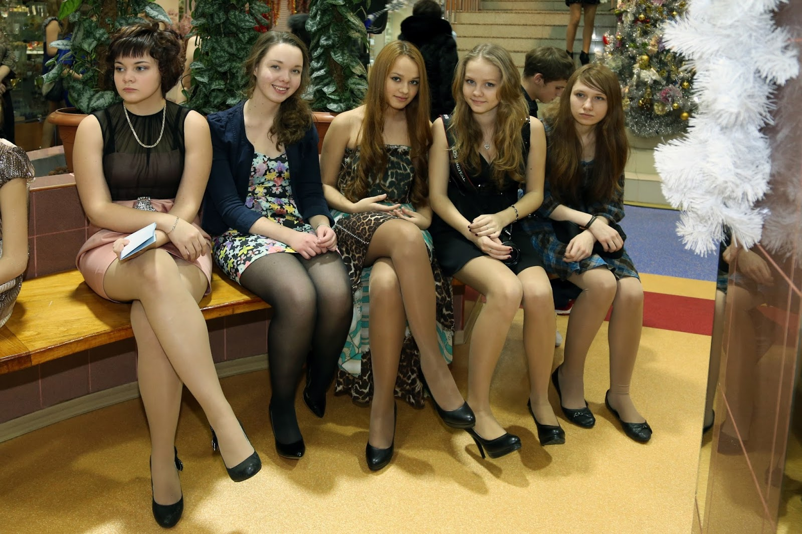 Teens in tight leggings