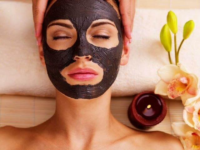 Nügg Black Charcoal Facial space Mask
