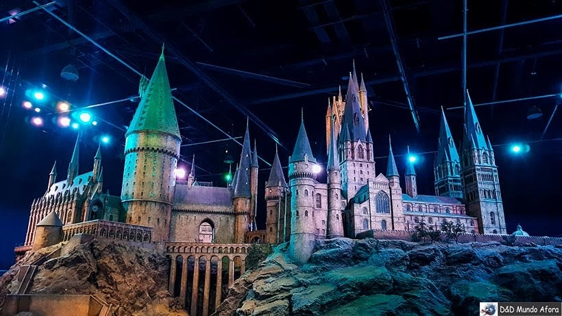 Castelo de Hogwarts - Harry Potter em Londres: tour no estúdio Warner Bros