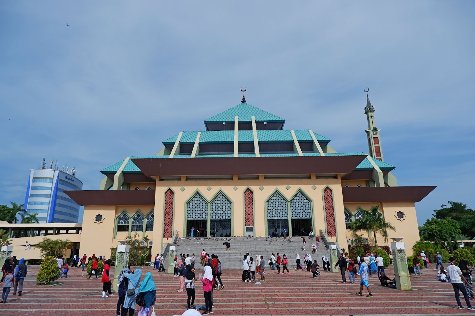 Masjid-Agung-Batam.jpg