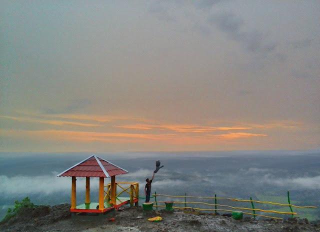 Gunung Tunggak