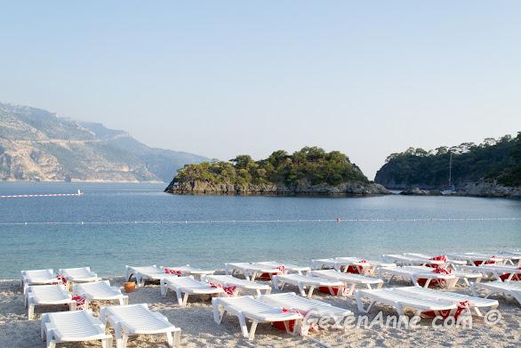 Ölüdeniz plajının açık deniz tarafı, Fethiye