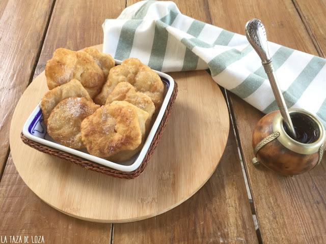 tortitas-fritas-argentinas-para-un-mate