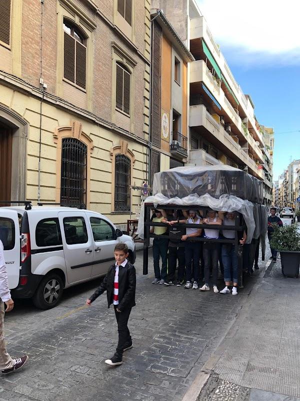 El paso del Sagrado Protector de Granada en Sevilla para su restauración