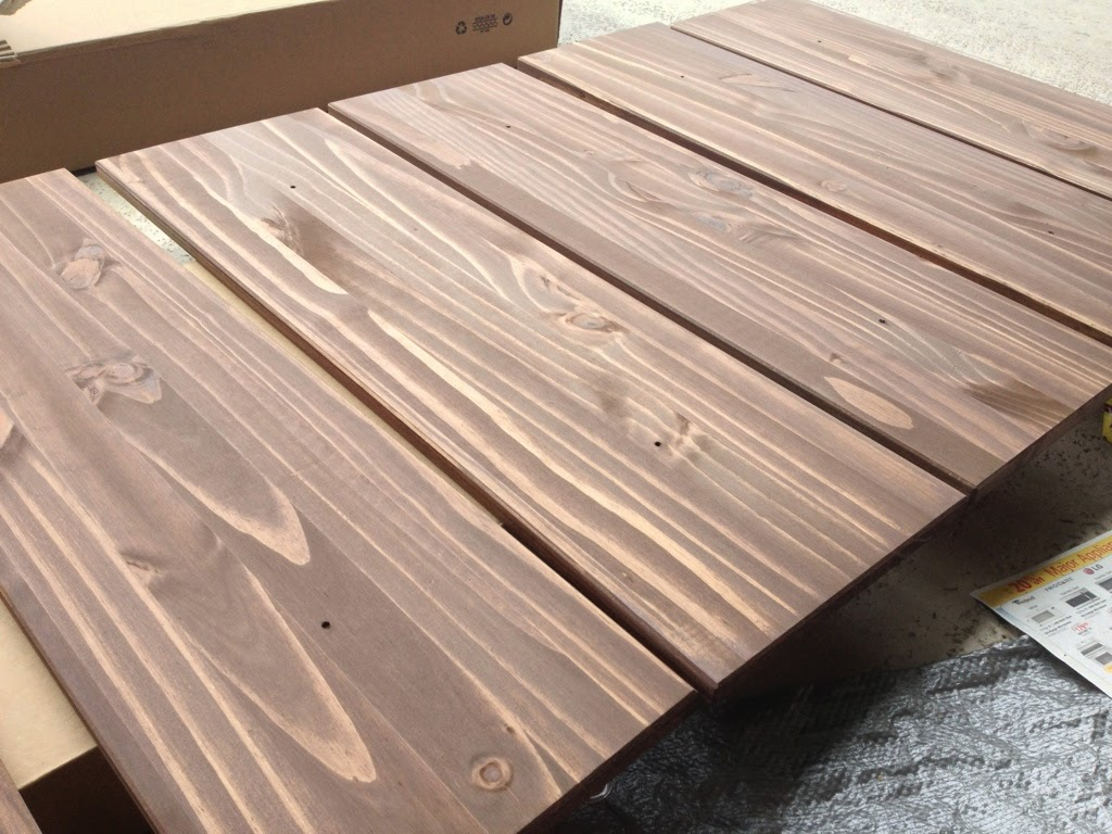 Fancy A small can of some ucespresso ud wood stain for the drawers and a large can of some ucebony ud wood stain for the frame and we were off to a good start u