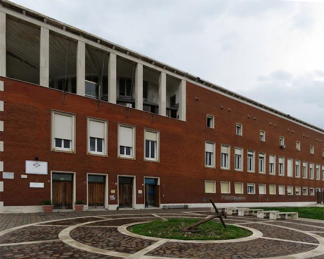 Palazzo del Portuale (Dockworker's Building), Piazza del Pamiglione, Livorno