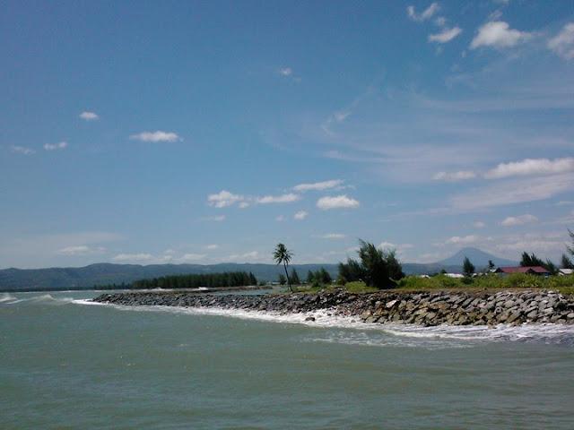 Bumi Alue Naga Kilauan Permata