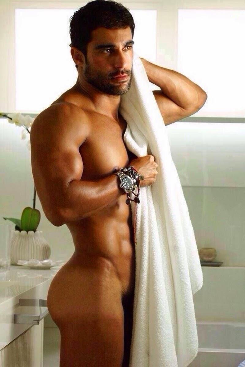Для грек мужчина мускулистый вызывающей
