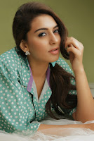 Hansika Motwani Latest Glamorous Photo Shoot Gallery HeyAndhra