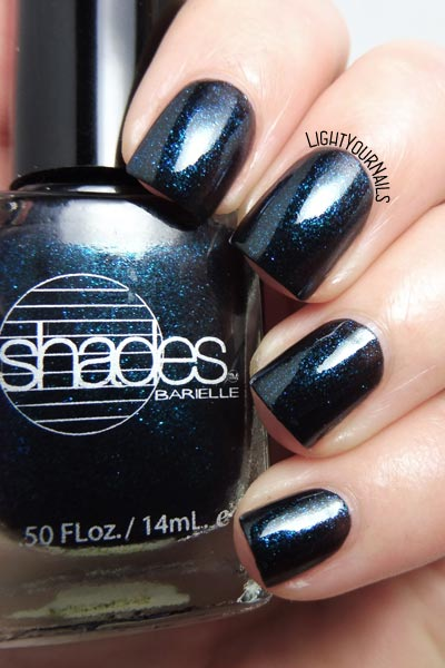 Smalto Barielle Shades Blackened Bleu nail polish #barielle #nails #unghie #lightyournails