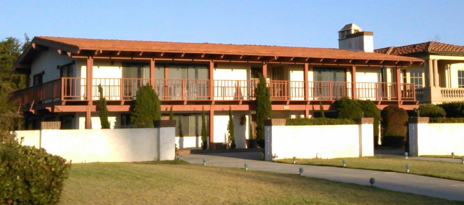 LOCAL COLOUR #1: GLORY 2 GOD !: a few palos verdes houses