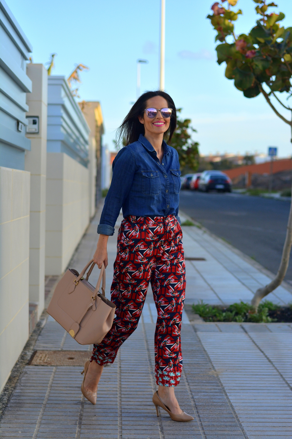 pyjama-pants-outfit-street-style