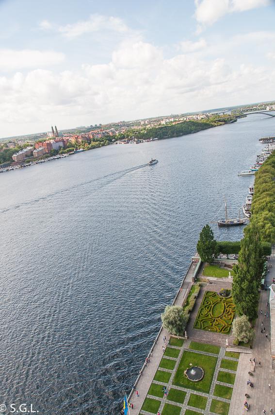 Jardines ayuntamiento de Estocolmo desde la torre