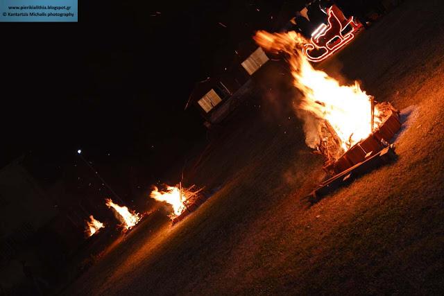Άναψαν οι φωτιές στο Χριστουγεννιάτικο Χωριό του Κόσμου.