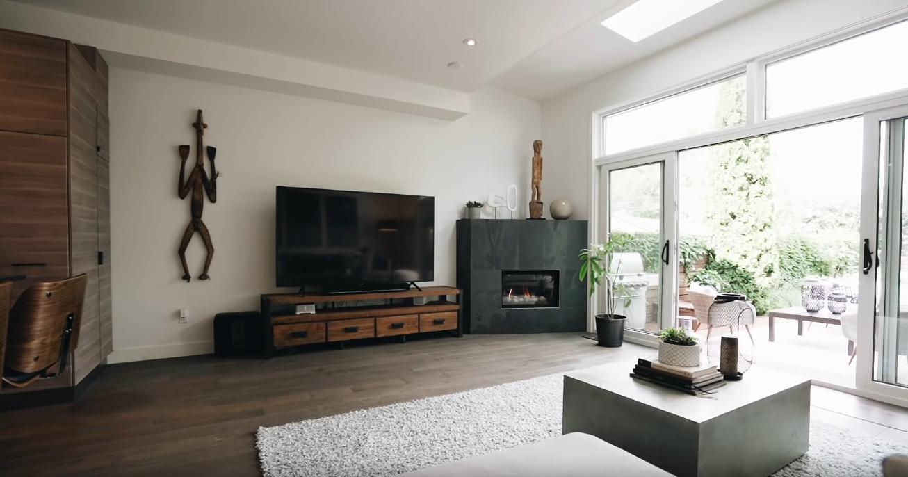 16 Photos vs. 257 Humbercrest Blvd, Toronto, Ontario - High End Home & Interior Design Video Tour