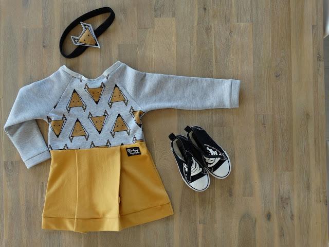 sukienka musztardowa dla dziewczynki 4