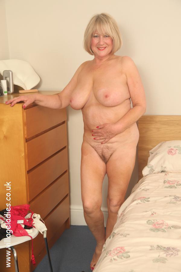 Older Sexy Naked Ladies